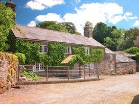 The Farmhouse - Devon - 975734 - thumbnail photo 1