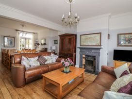 5 bedroom Cottage for rent in Great Yarmouth