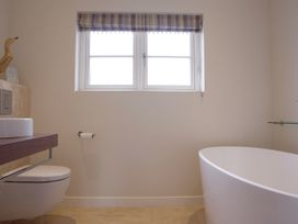 Compton House - Somerset & Wiltshire - 975951 - thumbnail photo 40