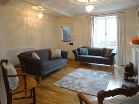24 Victoria Road - Devon - 976001 - thumbnail photo 3