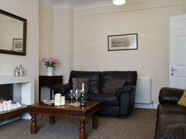 2 Carlton Mews - Devon - 976014 - thumbnail photo 2