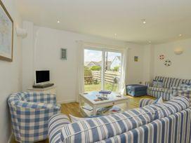Upper Deck - Cornwall - 976311 - thumbnail photo 10