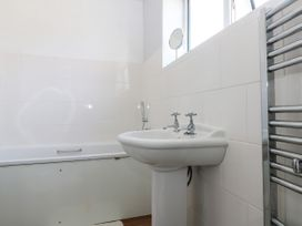 18 Polvella Close - Cornwall - 976378 - thumbnail photo 24