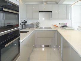 Apartment 39 - Devon - 976413 - thumbnail photo 7