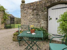 Snape Castle, The Undercroft - Yorkshire Dales - 976588 - thumbnail photo 16