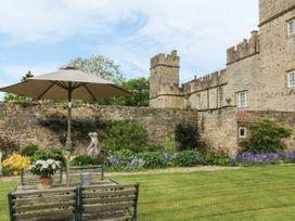 Snape Castle, The Undercroft - Yorkshire Dales - 976588 - thumbnail photo 18