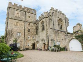Snape Castle, The Undercroft - Yorkshire Dales - 976588 - thumbnail photo 2