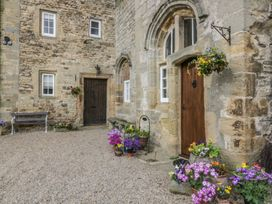 Snape Castle, The Undercroft - Yorkshire Dales - 976588 - thumbnail photo 3