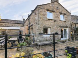 4 bedroom Cottage for rent in Hawes