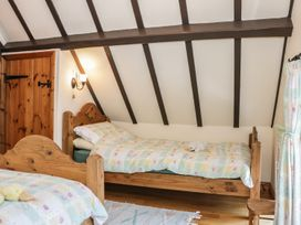 St. Milburga Chapel - Shropshire - 976812 - thumbnail photo 14