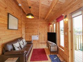 Sunnyside Lodge - Somerset & Wiltshire - 976874 - thumbnail photo 6