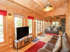 Sunnyside Lodge - Somerset & Wiltshire - 976874 - thumbnail photo 8