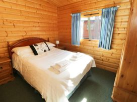 Red Kite Lodge - Lincolnshire - 977031 - thumbnail photo 8