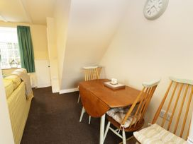 2 Church Cottages - Whitby & North Yorkshire - 977250 - thumbnail photo 5