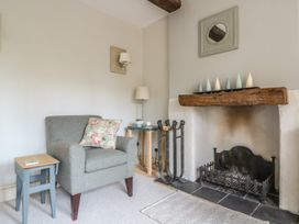 Holly Cottage - Somerset & Wiltshire - 977350 - thumbnail photo 5