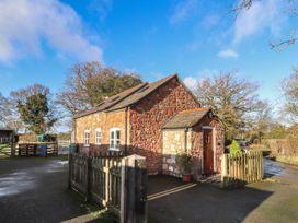 The Laurels Barn - Shropshire - 977441 - thumbnail photo 1