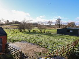 The Laurels Barn - Shropshire - 977441 - thumbnail photo 22