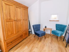 Crooked Hill Cottage - South Wales - 977490 - thumbnail photo 14