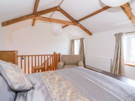 Crooked Hill Cottage - South Wales - 977490 - thumbnail photo 18