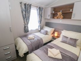 Holly Lodge - Whitby & North Yorkshire - 977864 - thumbnail photo 10
