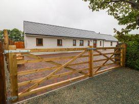 Bonc Y Cyrff - Anglesey - 977937 - thumbnail photo 12