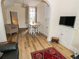1 Castle Row - Anglesey - 978123 - thumbnail photo 3