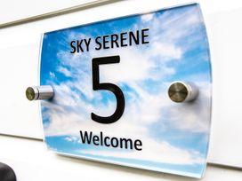 Sky Serene - Cornwall - 979422 - thumbnail photo 2