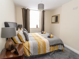 The Ocean Suite - North Wales - 979424 - thumbnail photo 9