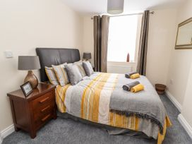 The Ocean Suite - North Wales - 979424 - thumbnail photo 10