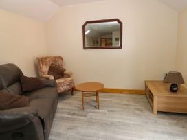 Honeybee Cottage - Whitby & North Yorkshire - 979587 - thumbnail photo 3