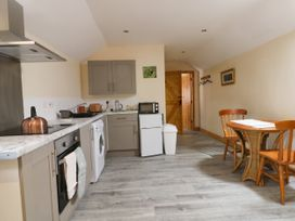 Honeybee Cottage - Whitby & North Yorkshire - 979587 - thumbnail photo 5