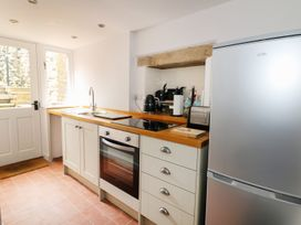 Gritstone Cottage - Peak District - 979710 - thumbnail photo 12