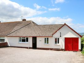 2 bedroom Cottage for rent in Blue Anchor