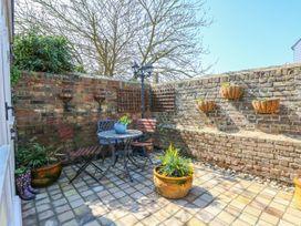 Rose Cottage - Kent & Sussex - 980449 - thumbnail photo 5