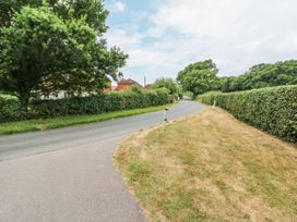 Red House Cottage - Kent & Sussex - 980721 - thumbnail photo 32