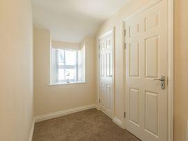 Apartment 4, 7 St Anns Apartments - North Wales - 980934 - thumbnail photo 18