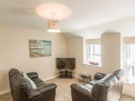 Apartment 4, 7 St Anns Apartments - North Wales - 980934 - thumbnail photo 9