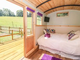 Railway Carriage - South Wales - 980941 - thumbnail photo 7