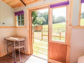 Railway Carriage - South Wales - 980941 - thumbnail photo 3
