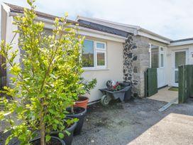 22 Trembel Road - Cornwall - 980964 - thumbnail photo 1