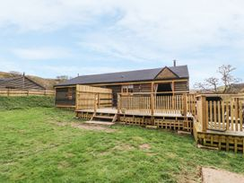 Alpaca Cabin - Mid Wales - 981008 - thumbnail photo 2