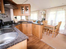 Lodge - Anglesey - 981059 - thumbnail photo 7