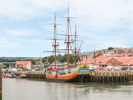 Sailing By - Whitby & North Yorkshire - 981087 - thumbnail photo 16