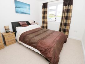14 Cae Derwydd - Anglesey - 981326 - thumbnail photo 17