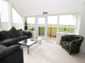 14 Cae Derwydd - Anglesey - 981326 - thumbnail photo 15