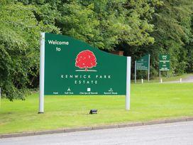 Lodge 8 - Lincolnshire - 981519 - thumbnail photo 30