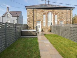 Sardis Chapel 1 - Anglesey - 981600 - thumbnail photo 3