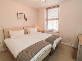 Flat 2, Mindello House - Whitby & North Yorkshire - 981616 - thumbnail photo 7