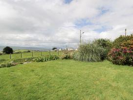 Happy Landing - North Wales - 981807 - thumbnail photo 23