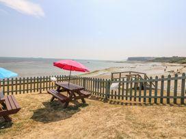 Coast Watch Cottage - Isle of Wight & Hampshire - 982430 - thumbnail photo 14